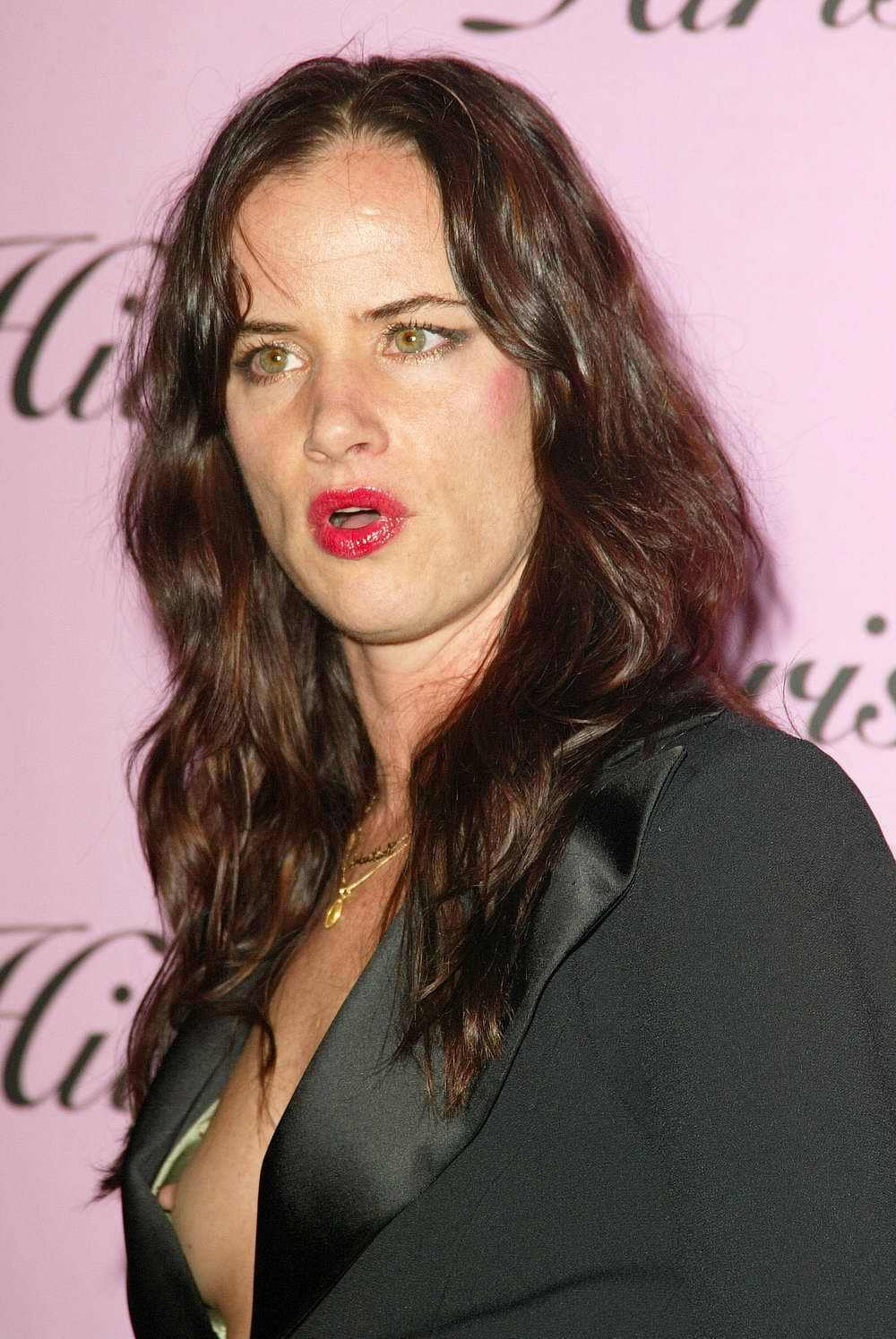 Juliette Lewis images red carpet\'ish HD wallpaper and background ...
