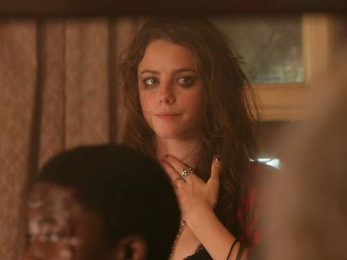 Effy Stonem wallpaper entitled Behind The Scenes Season 3