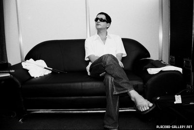 Brian Molko wallpaper entitled Brian in the Details...<3