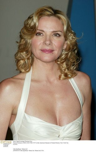 Kim Cattrall 壁纸 titled CATTRALL