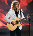 Casey James singing Jealous Guy - american-idol photo