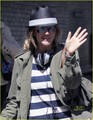 Drew Barrymore Starts 'The Week' Off Right - drew-barrymore photo