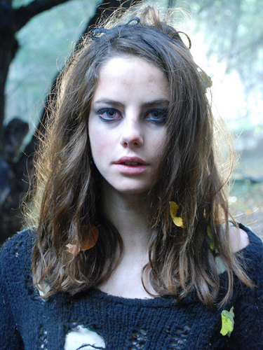 Effy Stonem 壁纸 entitled Effy Season 3 Stills