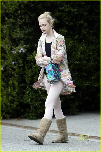 Elle Fanning: Ballet Class