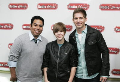 Events > 2010 > April 1st - Radio Disney Takeover
