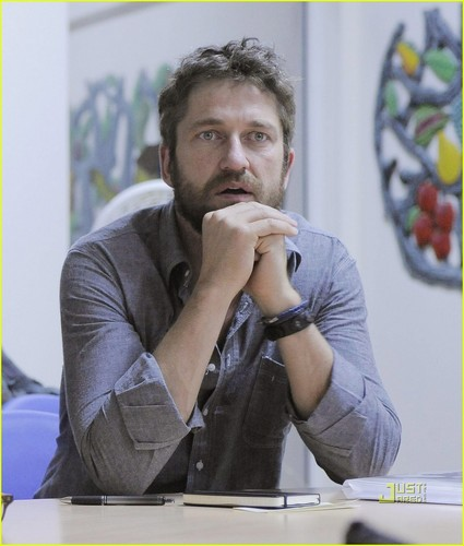 Gerard Butler: Haiti with Ben Stiller!