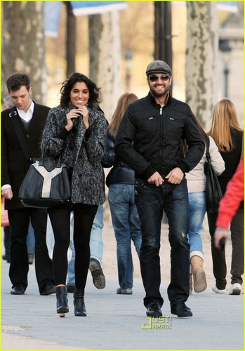 Gerard Butler & Laurie Cholewa's encontro, data -- FIRST PICS