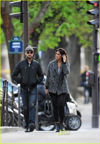 Gerard Butler & Laurie Cholewa's Date -- FIRST PICS - gerard-butler Photo