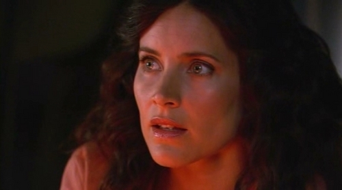 Helena in 3.01 Labia Majora - helena-peabody Screencap
