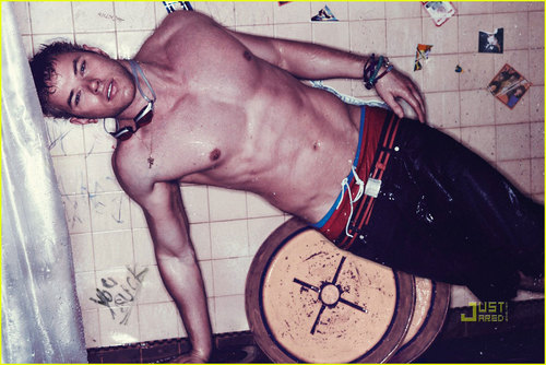 Kellan Lutz: Shirtless for Interview Magazine!