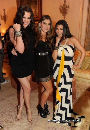 Kourtney & Khloe