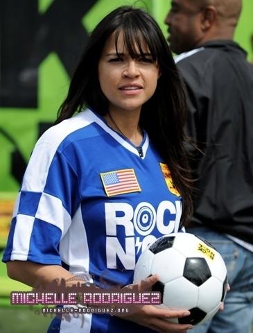 एमटीवी Rock N' Gol taping in LA (03.31.10)