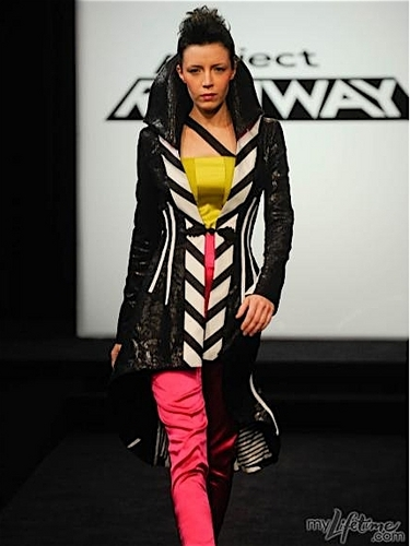 Project runway, start-und landebahn Hintergrund called Mila's Circus Inspired Design