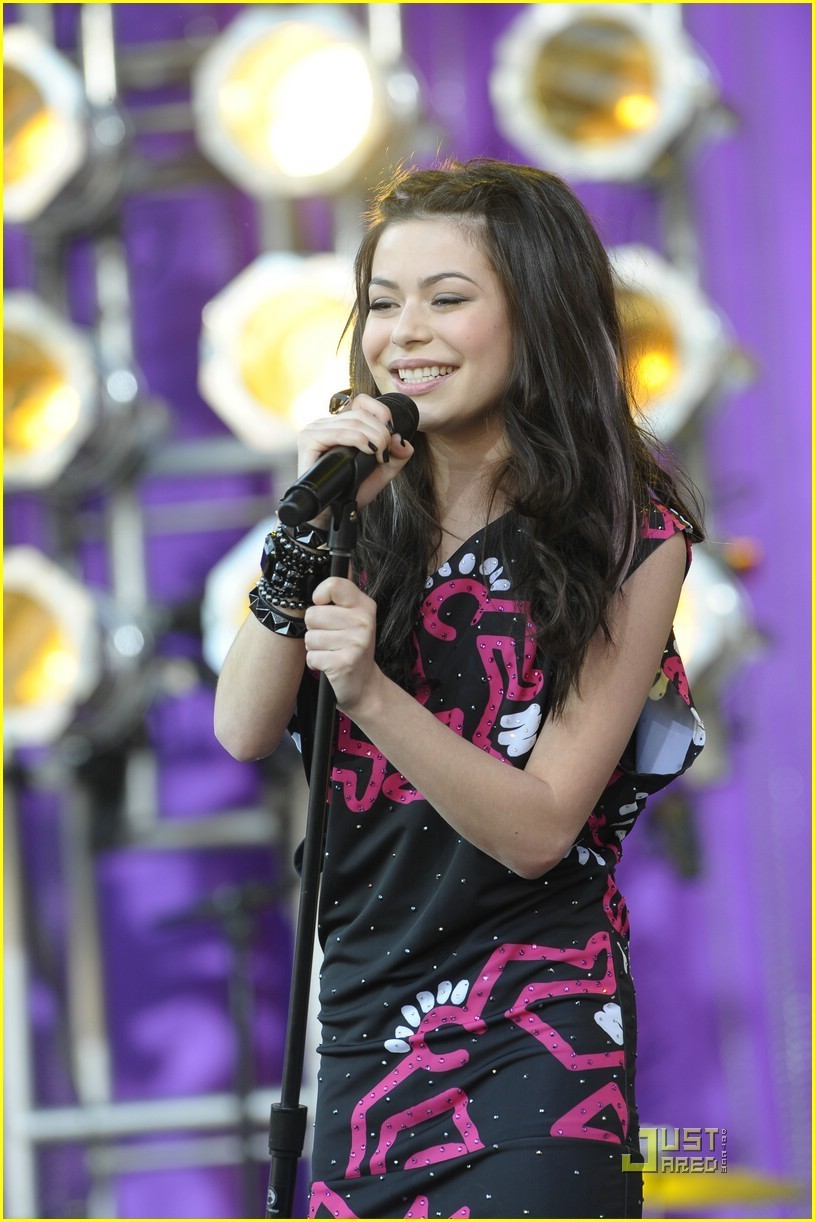 Miranda cosgrove about you now