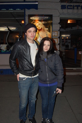NEW Fan Picture - Rob and a fan in Budapest
