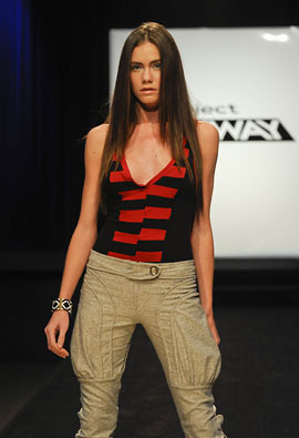 Project Runway wallpaper called Project Runway - Season 7 - Episode 9: Hey, That's My Fabric