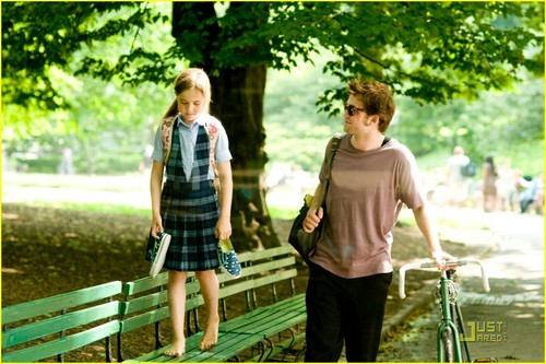Robert Pattinson: Remember Me Coming to Blu-Ray!