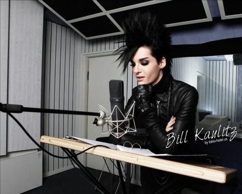 Bill Kaulitz fond d'écran entitled bill 4ever