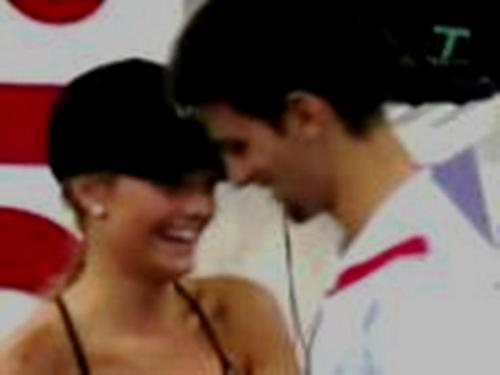 novak and ballgirl amor