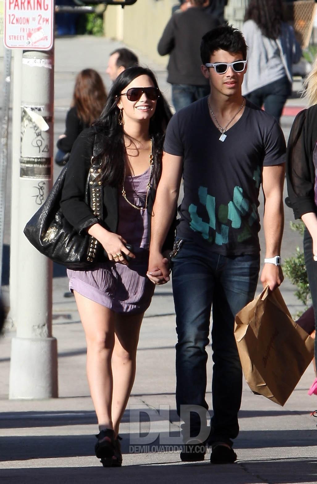 Photos Demi Lovato And Joe Jonas Photo 11419498 Fanpop