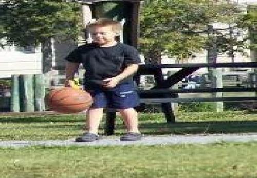 playing baskteball :D