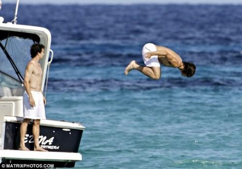 rafa jump on water