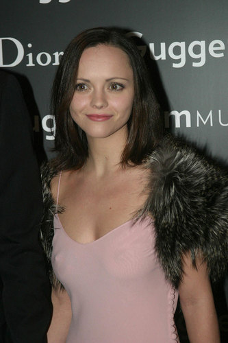 Christina Ricci karatasi la kupamba ukuta called red carpet & events
