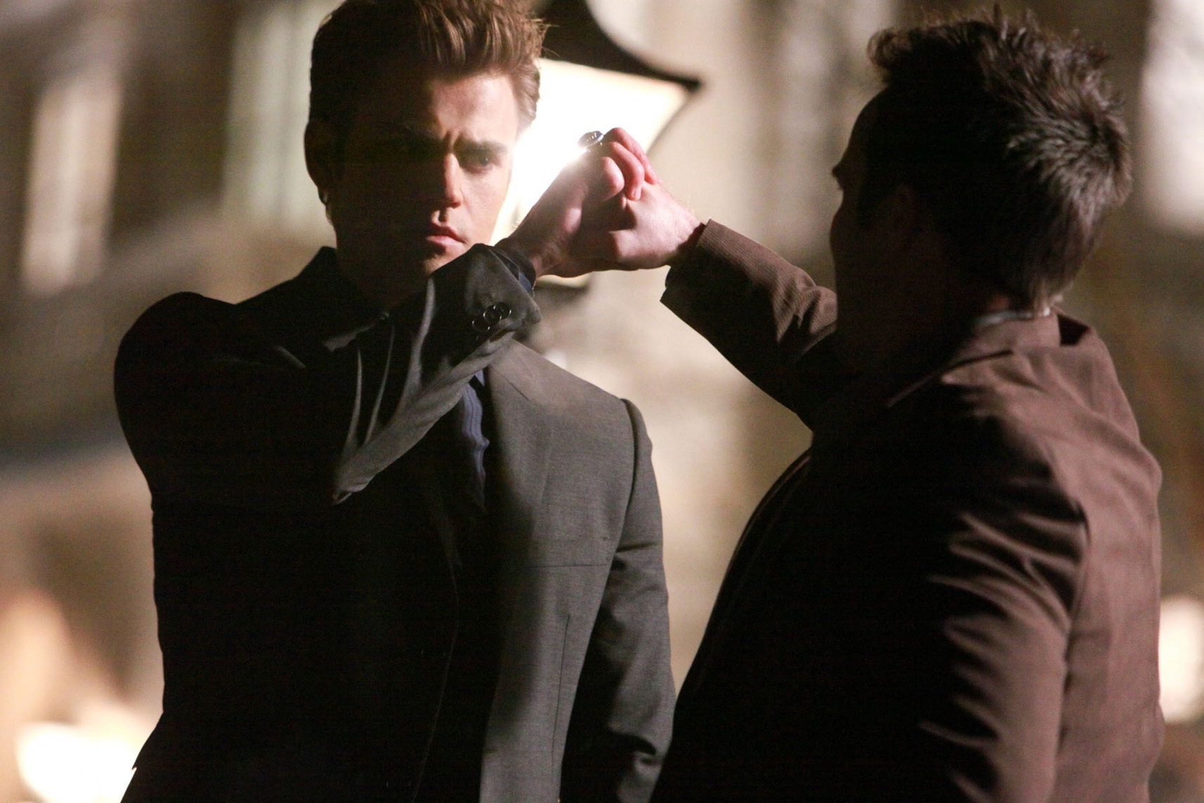 http://images2.fanpop.com/image/photos/11500000/1x18-Under-control-the-vampire-diaries-tv-show-11506044-1714-1143.jpg