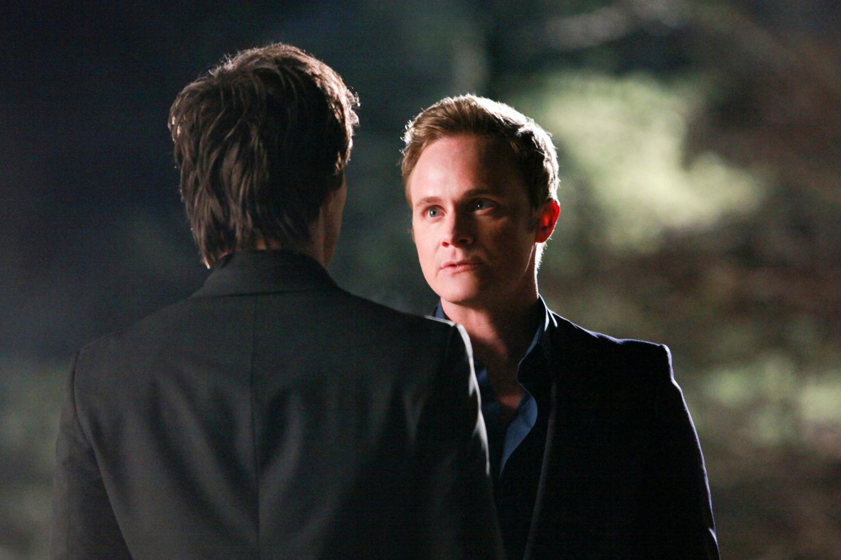 http://images2.fanpop.com/image/photos/11500000/1x18-Under-control-the-vampire-diaries-tv-show-11506081-1705-1137.jpg