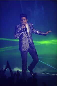 """Adam Lambert imba """"Whataya Want From Me"""""""