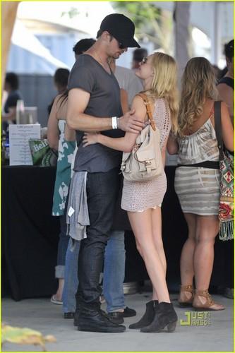 Celebrity Couples wallpaper titled Alexander Skarsgard & Kate Bosworth at Coachella Music Festival