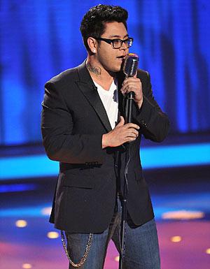 "Andrew Garcia गाना ""Hound Dog"""