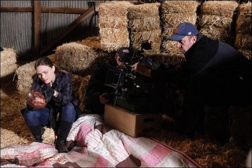"""Behind of the Scenes of """"The Death of the Queen Bee"""""""