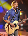 "Casey James singing ""Lawdy Miss Clawdy"" - american-idol photo"