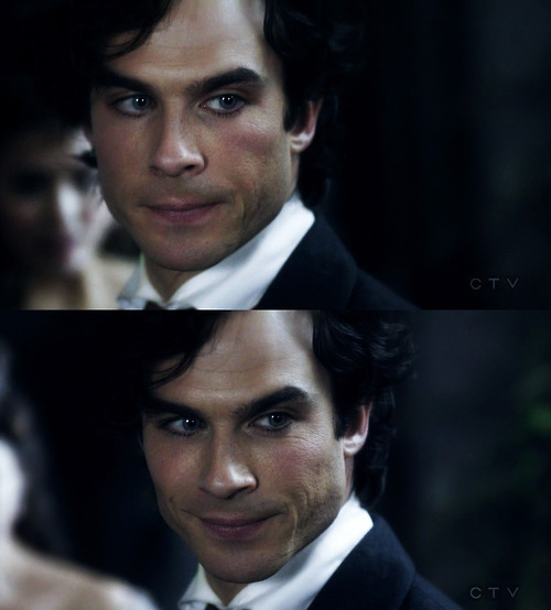 http://images2.fanpop.com/image/photos/11500000/Damon-damon-salvatore-11552522-500-554.jpg