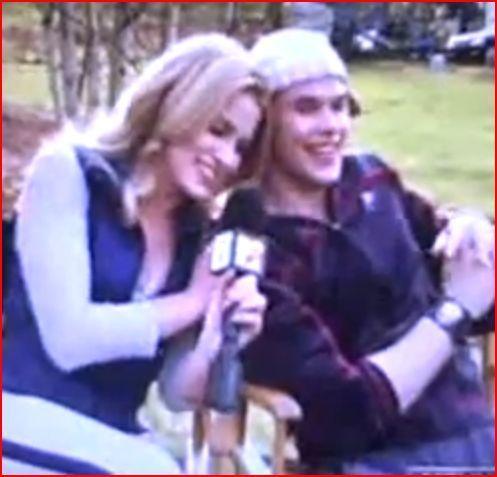 Emmett and Rosalie - Twilight - mtv Interview Still
