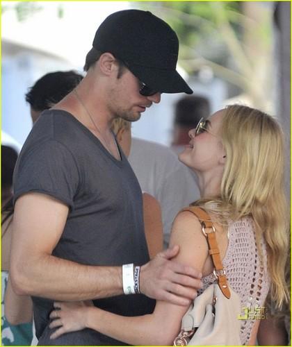 Kate Bosworth & Alexander Skarsgard: Coachella Couple