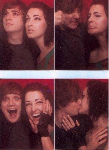 Kyle & Ambre s'embrasser