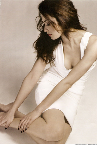 Olga Kurylenko | Total Film Scans