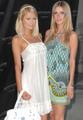 Paris & Nicky Hilton