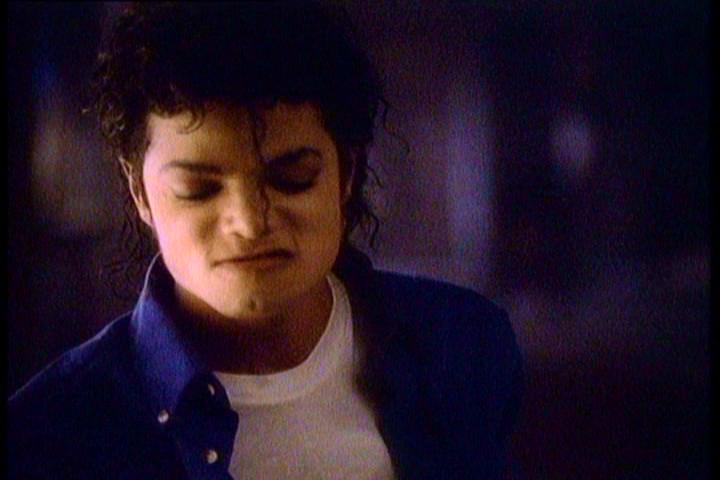 "Video Stills / ""The Way Du Make Me Feel"""