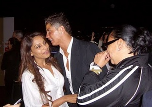 Cristiano Ronaldo wallpaper titled cristiano and bipasha basu kiss