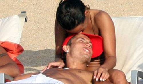 ronaldo and  Nereida Gallardo kiss 2