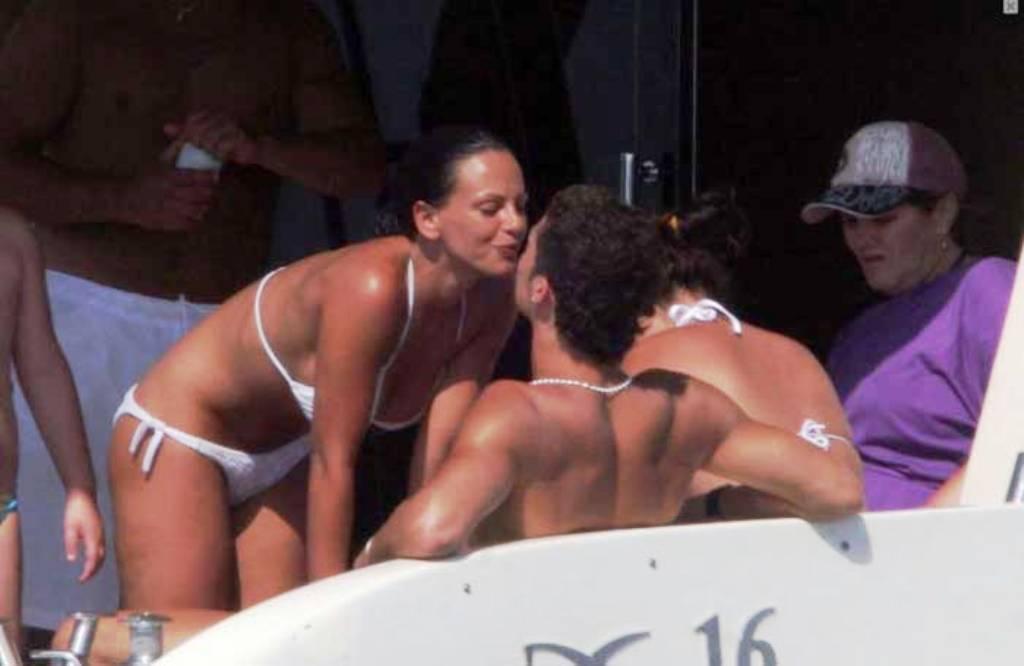 ronaldo and  Nereida Gallardo kiss