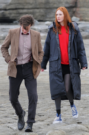 Matt Smith & Karen Gillan wallpaper called <3