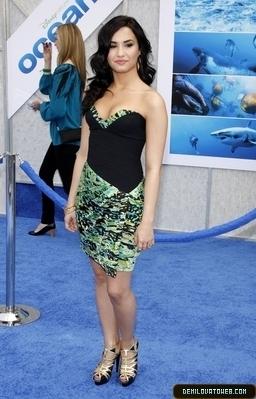 """04-17-10: Premiere of Disneynature's """"Oceans"""""""