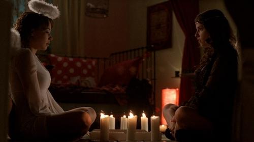 1x11 The Spirit Box