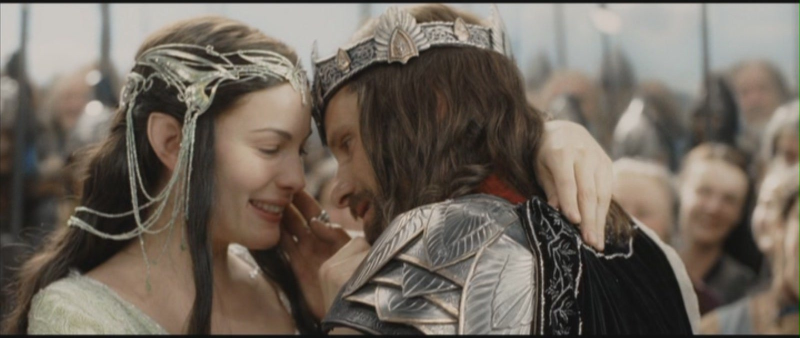Le Seigneur des Anneaux / The Hobbit #4 Arwen-and-Aragorn-Lord-of-the-Rings-Return-of-the-King-aragorn-and-arwen-11684043-1600-677