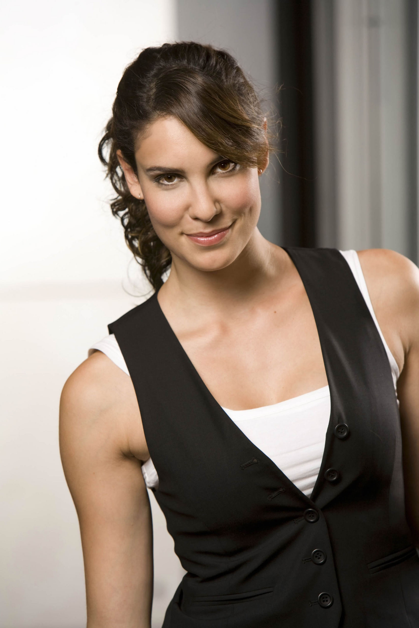 Daniela Ruah Daniela @ NCIS Los Angeles [More Promotional Photos]