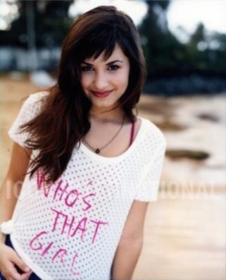 @DemzLovato Demi-Lovato-demi-lovato-11662933-321-399